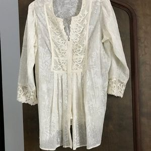 Coldwater Creek Stunning Embroidered Cream Tunic